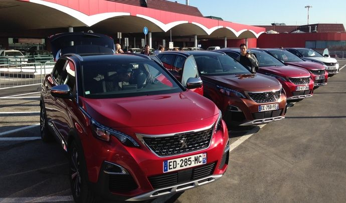 Première vidéo de la Peugeot 3008 : les premières impressions de conduite en live
