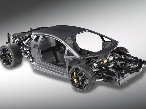 Lamborghini Aventador : voici le châssis roulant, le puzzle bientôt terminé