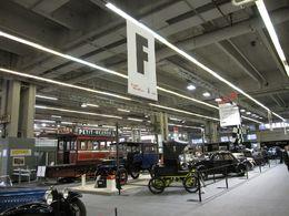 Salon Rétromobile 2010 : un omnibus à cheval vous attend !