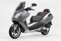 Nouveauté Scooter : Peugeot Satelis 125 cm3 Roland Garros