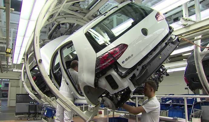 Volkswagen investit lourdement pour la Golf 8