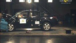 Crash-tests EuroNCAP : les Mazda 3, Chevrolet Cruze et Opel Astra décrochent 5 étoiles