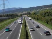 Suisse : deux conducteurs à plus de 200 km/h sur l'A2, véhicules confisqués