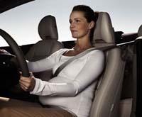Etude : la ceinture de sécurité met en danger les femmes enceintes