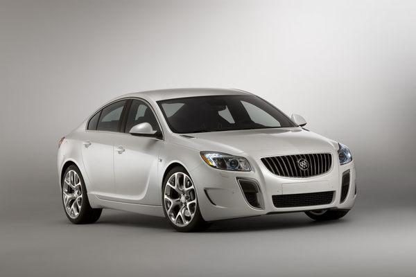 Détroit 2010 : Buick Regal GS concept, une Insignia OPC ... 4 cylindres !