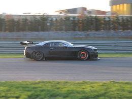 Cora Schumacher teste la Chevrolet Camaro GT3