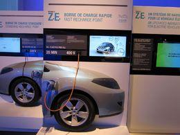 Véhicules électriques et hybrides : les systèmes de recharge au coeur des discussions