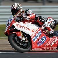 Superbike - Afrique du Sud D.1: Fabrizio entame le match