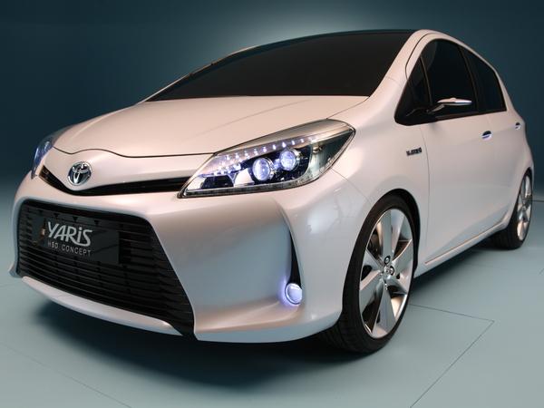 Toyota Yaris Hybride HSD Concept en avant première de Genève