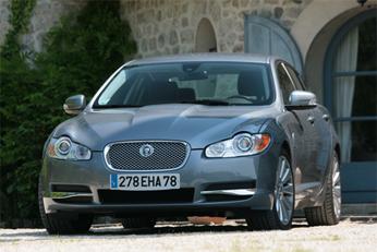Le Volvo XC60, l'Audi TTS, la Volkswagen Golf diesel et la Jaguar XF récompensés par la presse féminine
