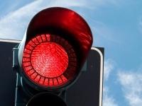 Un feu rouge écologique, sécurisant et qui fluidifie le trafic