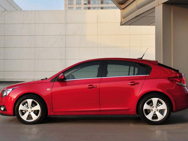 Genève 2011 : nouvelles photos de la Chevrolet Cruze cinq portes