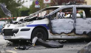 Policiers agressés: bientôt des véhicules anti-caillassage, voire blindés