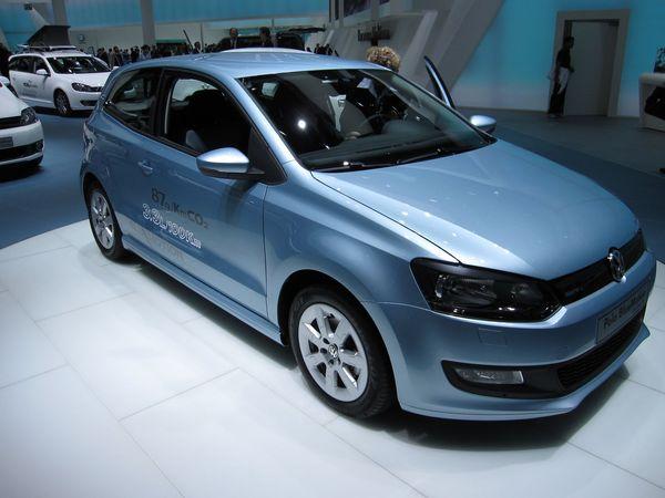 la nouvelle volkswagen polo bluemotion commercialis e en allemagne 87 g co2 km. Black Bedroom Furniture Sets. Home Design Ideas
