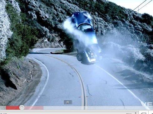 Dr. Dre a-t-il réellement cassé une Ferrari 360 Modena dans son dernier clip ?