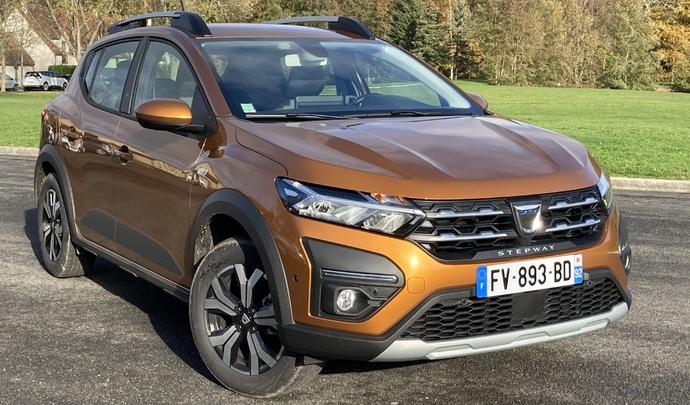 Dacia Sandero Stepway (2020) : les premières images de l'essai en live