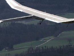 Le premier avion solaire a fait son vol d'essai