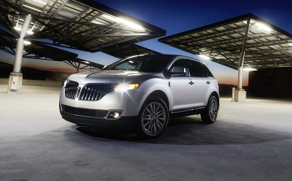 Detroit 2010 : restylage pour le Lincoln MKX
