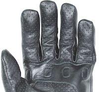 Darts Cosy: gant cuir perforé pour l'été.