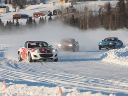 "Mazda MX-5 ""on ice"""
