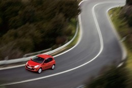 Midi Pile - Renault Clio fabriquée en Turquie: Ghosn convoqué par Sarkozy?