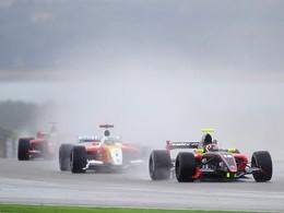 WSR/Aragon: Ricciardo démarre en trombe