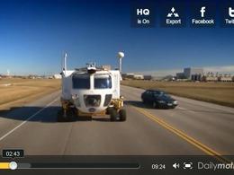Top Gear : James May essaie un véhicule d'exploration spatiale