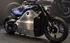 Vidéo en direct du Salon de Moto: La Wattman de Voxan, l'exception dans tous ses états