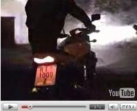 Vidéo moto : quand on est con, on est con...
