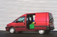 Peugeot Expert (2004): à la calandre près...