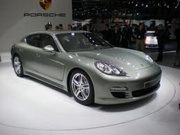 Genève 2011: Chez Porsche, la Panamera accroche !