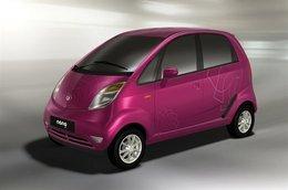 Salon AutoExpo de New Delhi 2010 : la Tata Nano voit la vie en rose