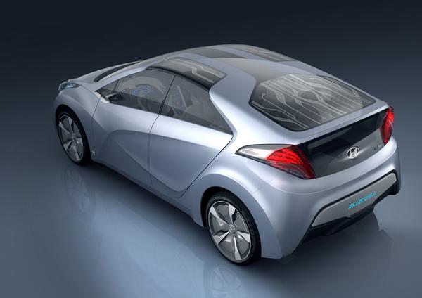 http://images.caradisiac.com/logos/3/5/1/1/103511/S7-Salon-de-Detroit-2010-Hyundai-Blue-Will-Concept-6409.jpg