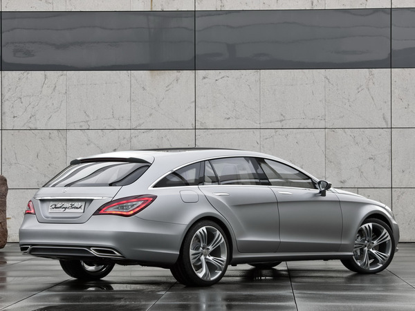 Pekin 2010 : Mercedes CLS Shooting Brake Concept