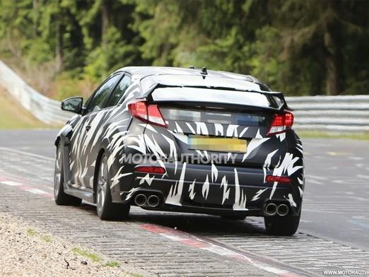 Surprise en vidéo : la Honda Civic Type R à l'attaque sur le Ring