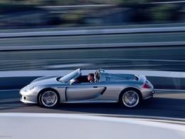 Michelin développe un nouveau pneu pour la Porsche Carrera GT !