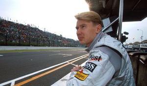 Artcurial : une leçon de conduite avec Mika Häkkinen à vendre aux enchères