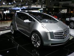 En direct de Genève: Le point sur le stand Cadillac.