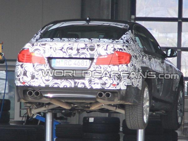 Spyshot : encore la BMW M5 F10, moins maquillée