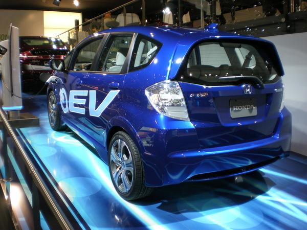 En direct de Genève: Honda électrise son stand  ( + video)