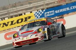 24 Heures de Dubaï: Victoire Porsche grâce aux Français d'IMSA Performance!