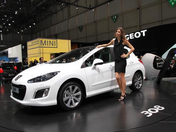 Genève 2011 live : Peugeot 308 restylée ou les mérites de la chirurgie esthétique ( + video)