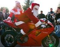Cette année, le père Noël passera en Goldwing