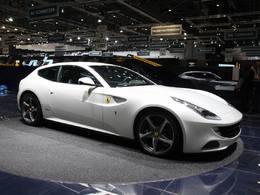 Ferrari FF en direct de Genève : encensée
