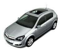 Opel Astra Panoramique: pour profiter du ciel bleu