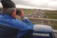 Le contrôle radar des motos aux jumelles, illégal ?