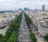 Economie : l'avenue de la Grande Armée, un trésor pour le deux-roues