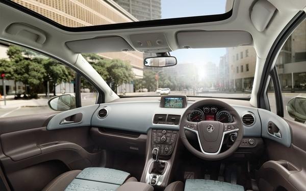 Futur Opel Meriva : l'intérieur officiel