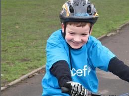 À 7 ans, il lève des fonds pour Haïti… grâce à son vélo