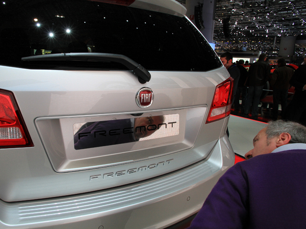 Genève 2011 : Dodge Freemont ou Fiat Journey ? ( + video)